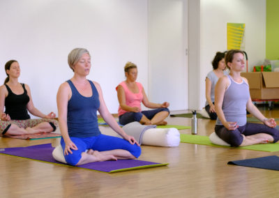 Yoga Rücken & Relax (mit Yoga Nidra)
