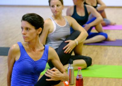 Yoga mit Stina Hauser Gesundheitstraining in Karlsruhe